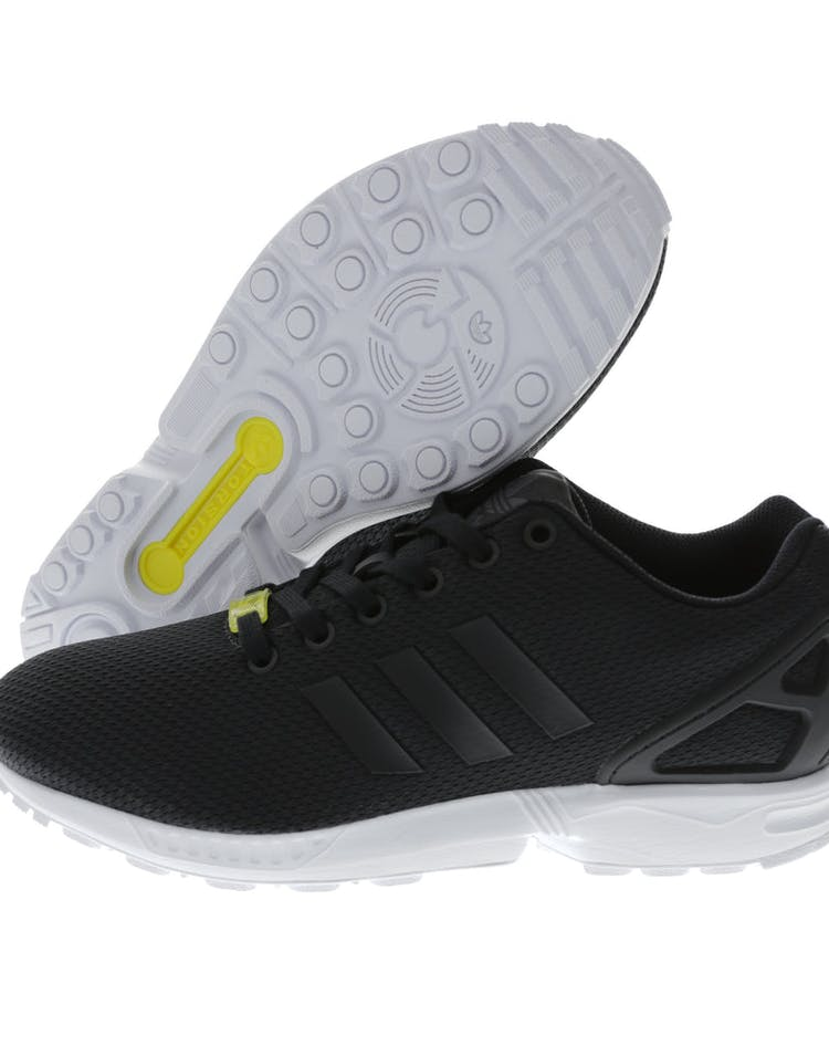 best website 8dfd2 2a333 ZX Flux Black/white