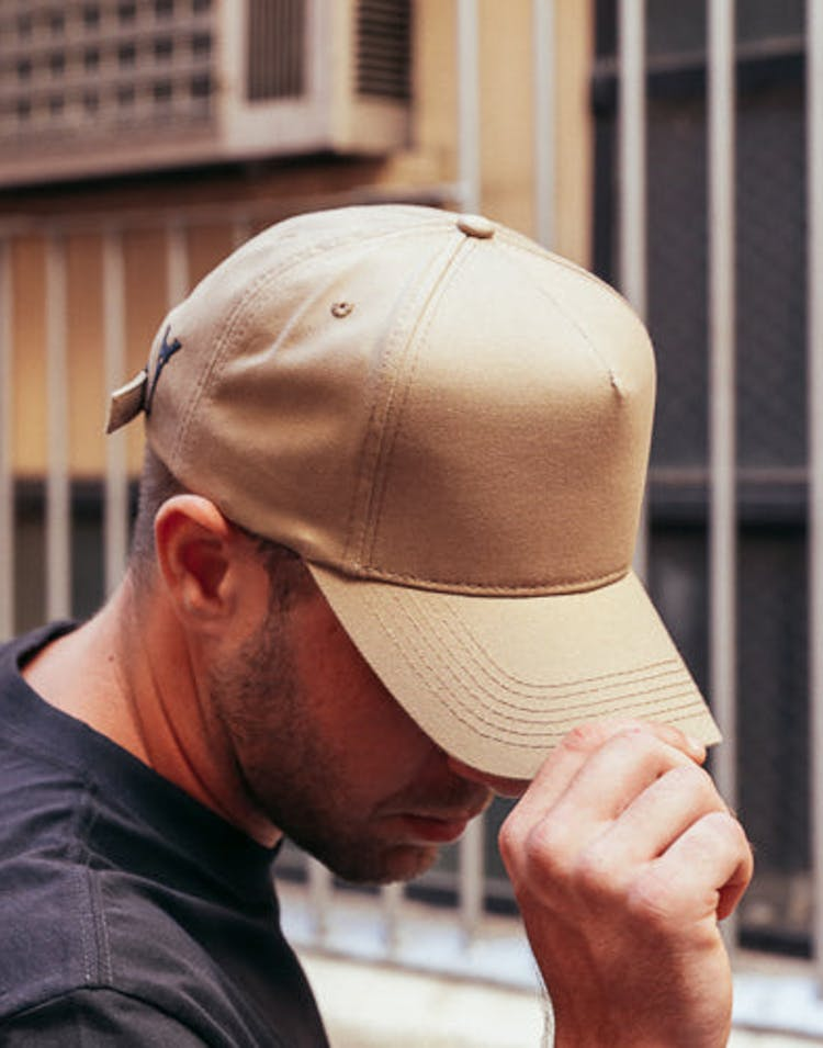 Iron Lady Strpback Tan