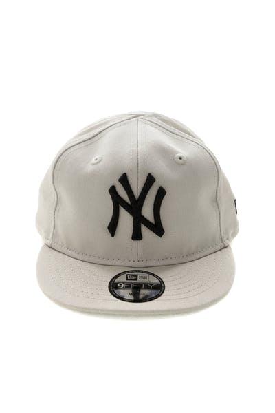 0cf1da22e58 New Era My 1st New York Yankees 9FIFTY Snapback Stone