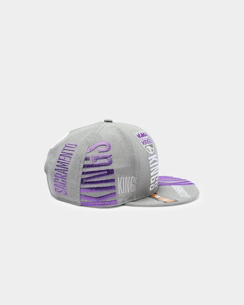 New Era Sacramento Kings 9FIFTY 19' Tip Off Snapback Grey