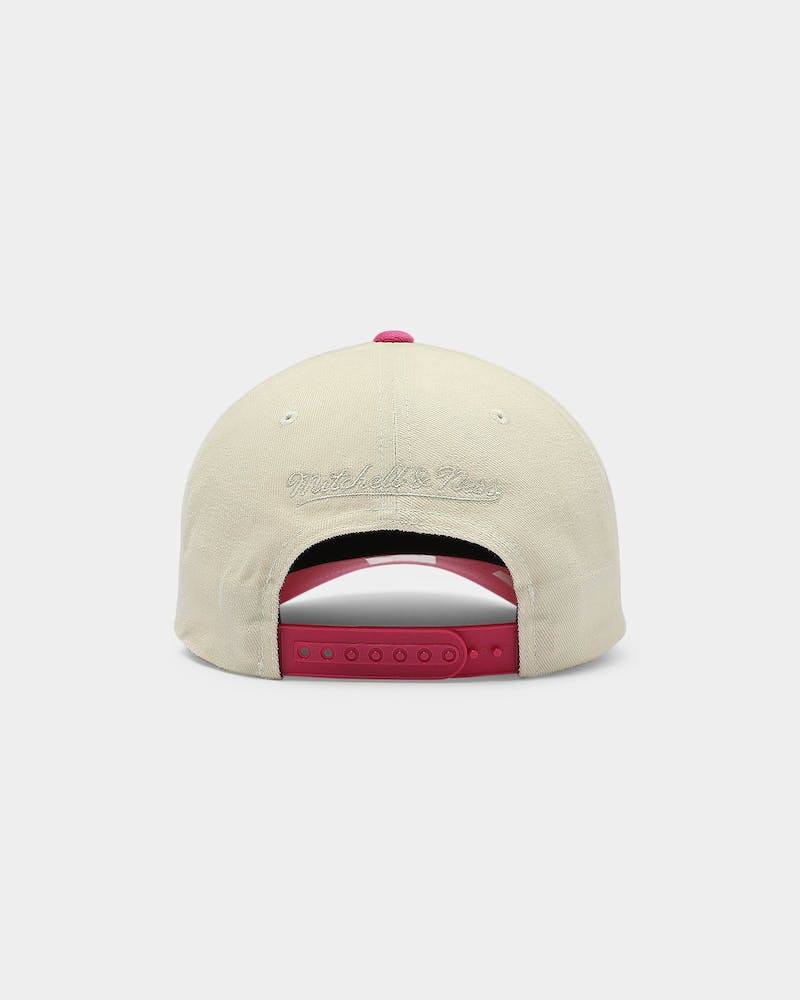 Mitchell & Ness San Antonio Spurs Pro Crown Snapback Off White/Pink