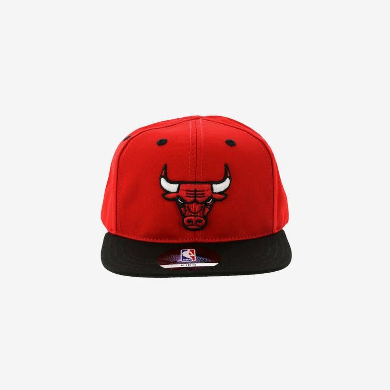 9fa7bc24e21 NBA Chicago Bulls 2-Tone Flat Brim Kids Snapback Red Black – Culture Kings  NZ