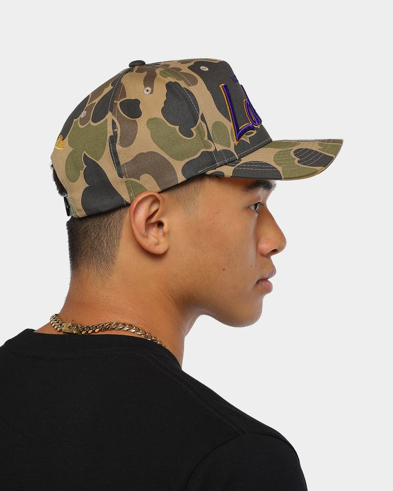 Mitchell & Ness Los Angeles Lakers Duck Special NBA Snapback Camo/OTC