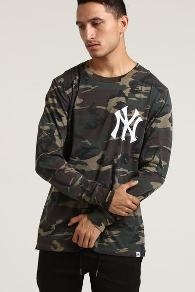 Majestic Athletic New York Yankees Vigar LS Tee Wood/White