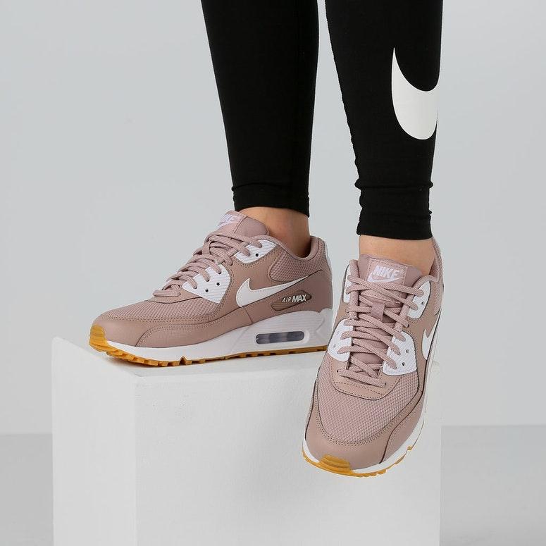 buy popular 566fb 72168 Nike Women's Air Max 90 Taupe/White/Gum