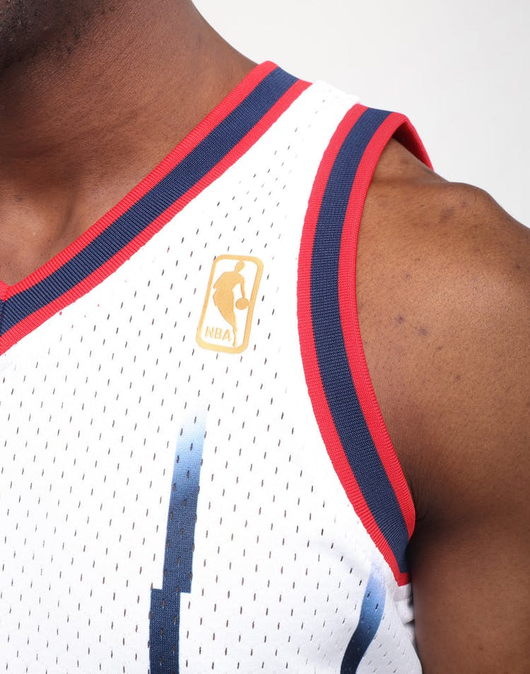 best sneakers 8f0df c9d69 Mitchell & Ness Houston Rockets Hakeem Olajuwon #34 Swingman Jersey White