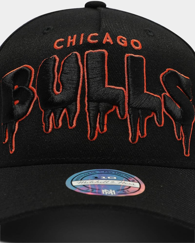 Mitchell & Ness Chicago Bulls Shattered Backboard Snapback Black/Orange
