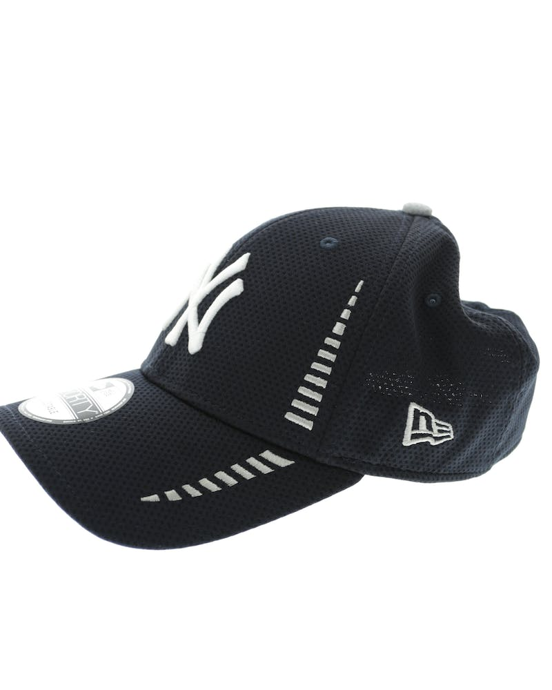 New Era Yankees 9FORTY Speed Velcro Back Navy/white