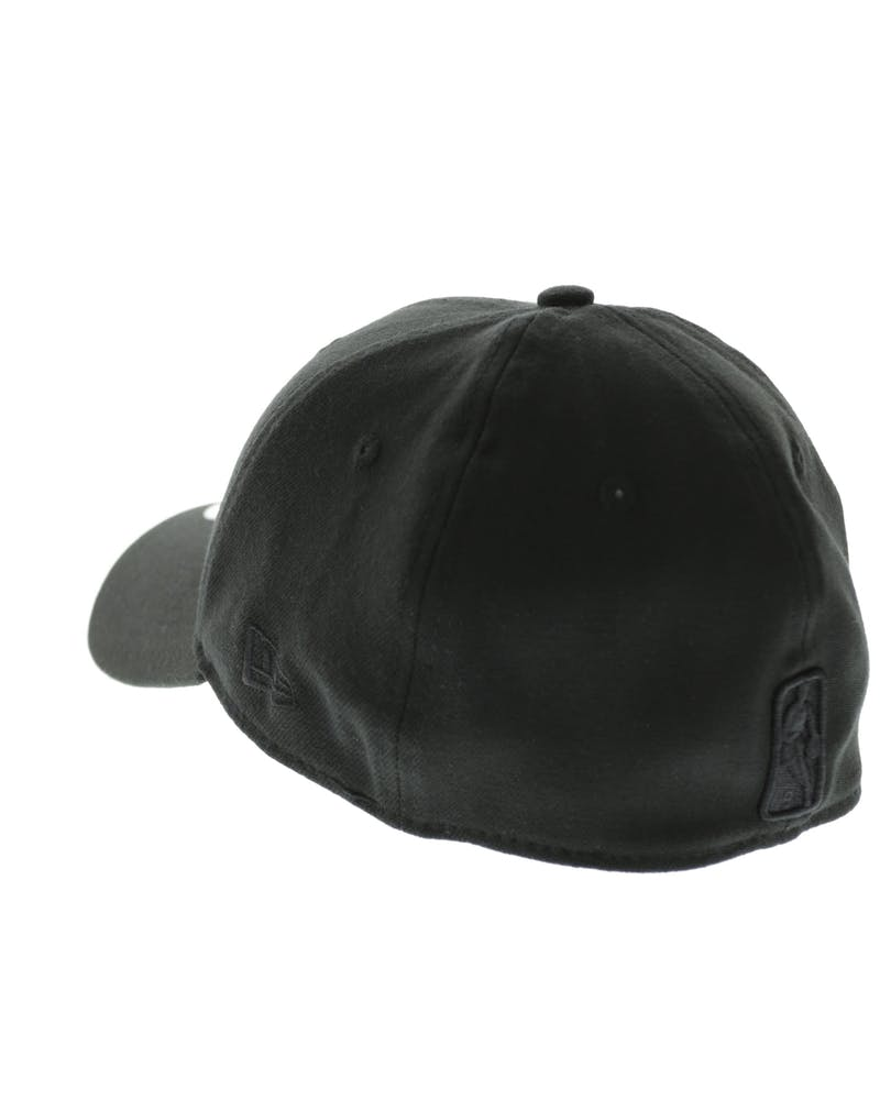 New Era Chicago Bulls Black Logo 3930 Black/Black
