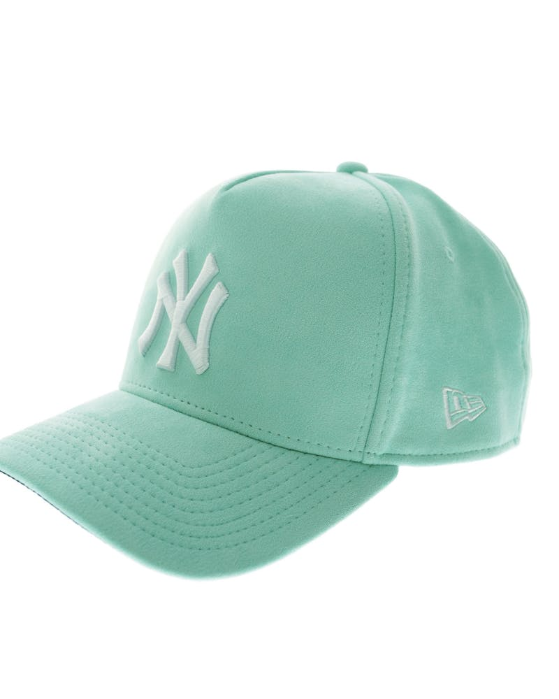 New Era Yankees 9FORTY A-Frame Suede Snapback Mint
