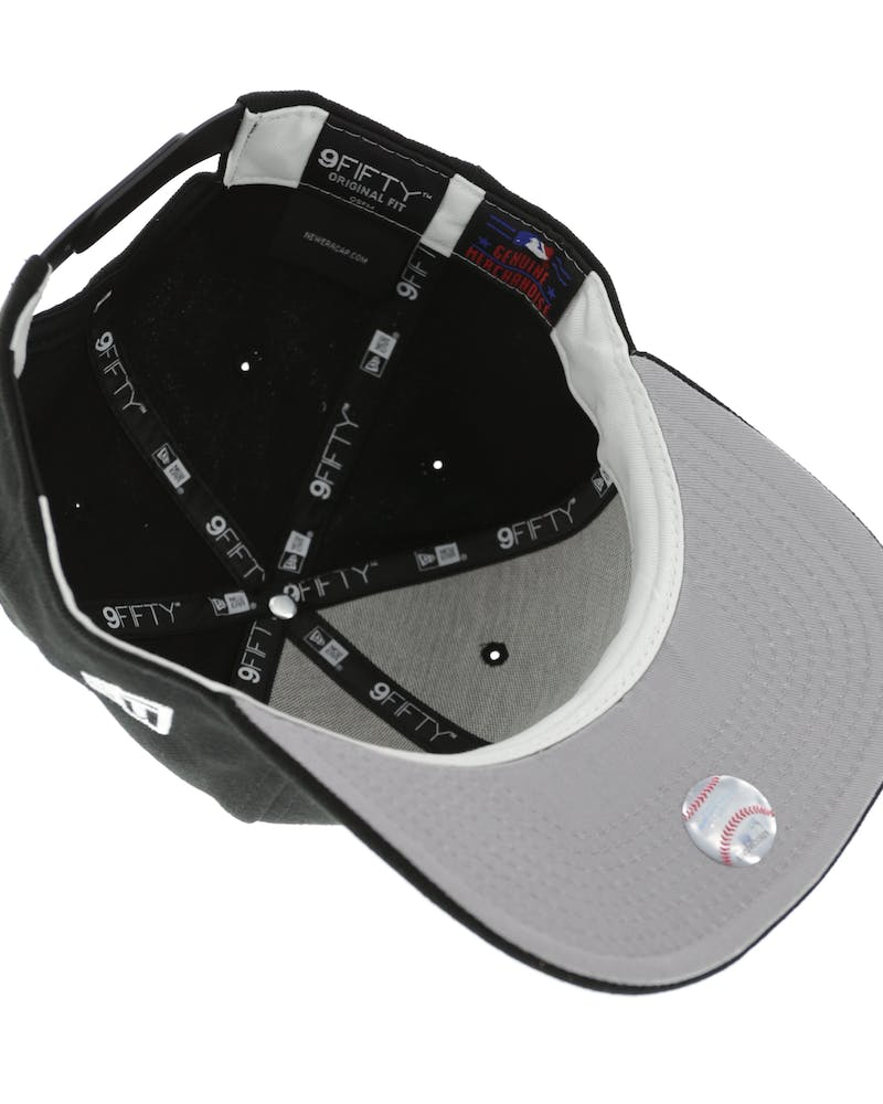 New Era White Sox 9FIFTY Precurved Black/White