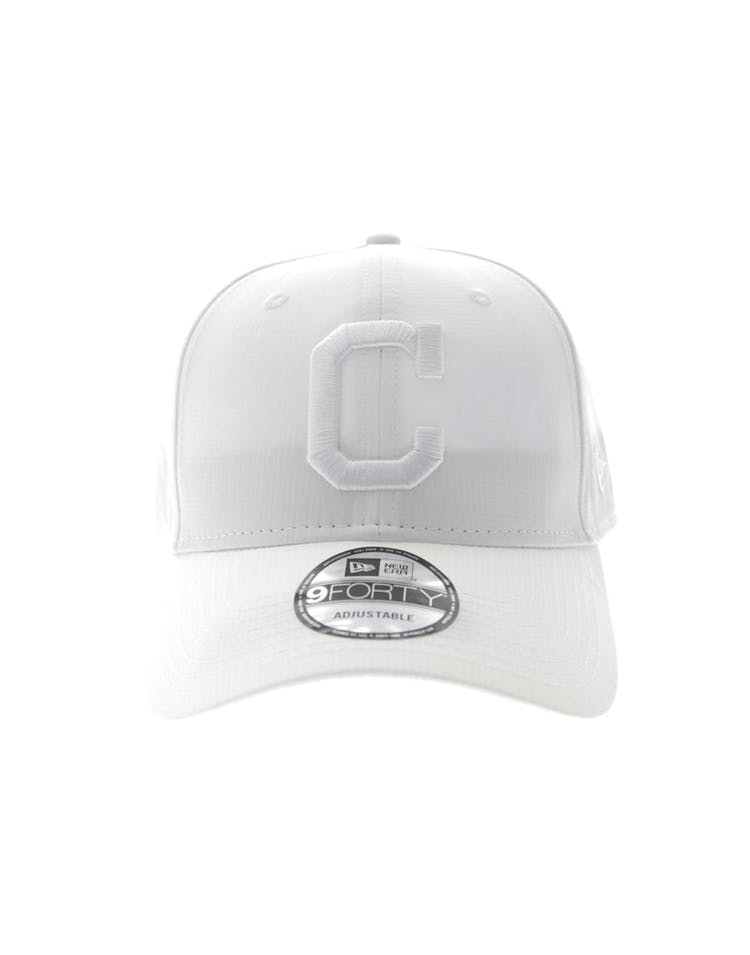 cheaper de17d b7027 New Era Cleveland Indians 940 Ripstop Snapback White