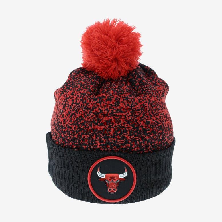 1555541d8f9 New Era Chicago Bulls Logo Beanie Black Red – Culture Kings NZ