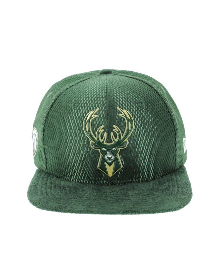 5c8596498fc New Era Milwaukee Bucks 9FIFTY Original Fit On-Court Collection Draft  Snapback Green