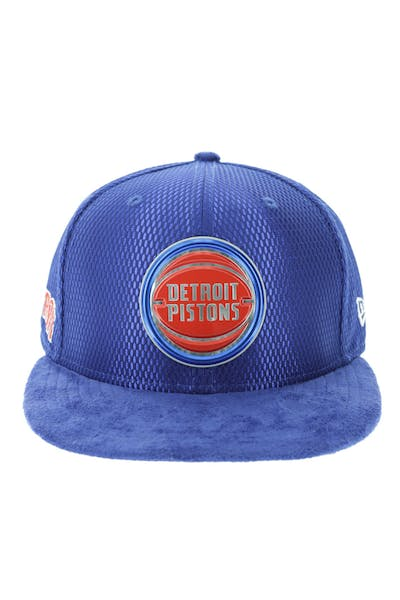 New Era Detroit Pistons 59FIFTY Fitted On-Court Collection Draft Navy