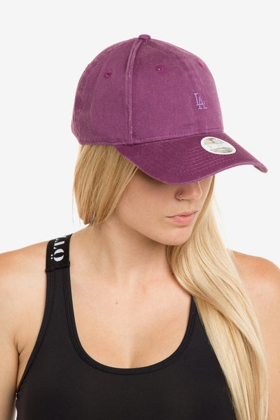 New Era Women's Los Angeles Dodgers 940 Strapback Burgundy