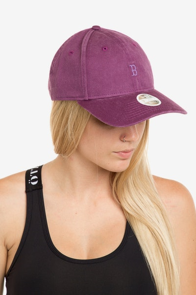 New Era Women's Boston Red Sox 940 Strapback Burgundy