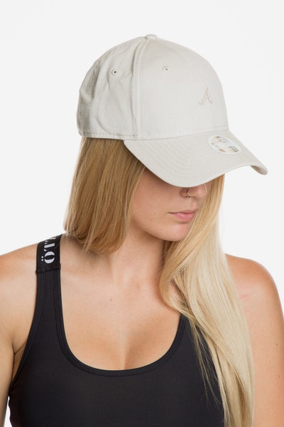 New Era Women's Atlanta Braves 940 Strapback Off White