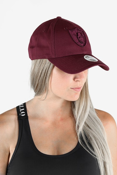 NEW ERA RAIDERS LADIES TONAL 940 STRAPBACK MAROON