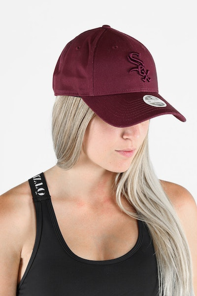 NEW ERA WHITESOX LADIES TONAL 940 STRAPBACK MAROON