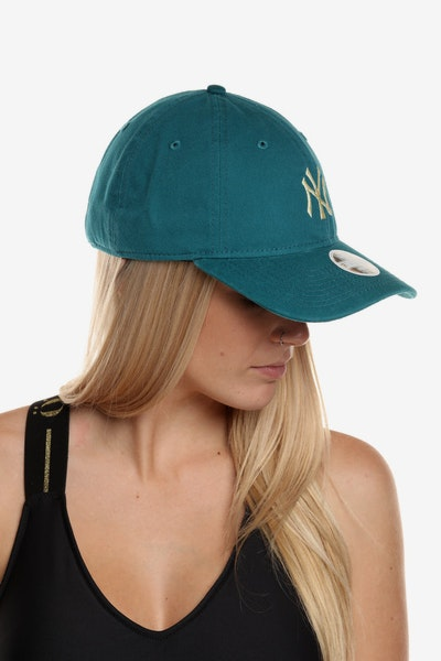 New Era Women's New York Yankees 920 Strapback Teal