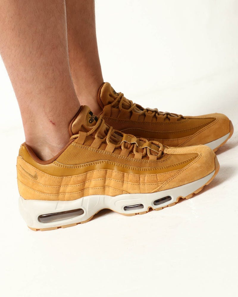 Nike Air Max 95 SE Wheat