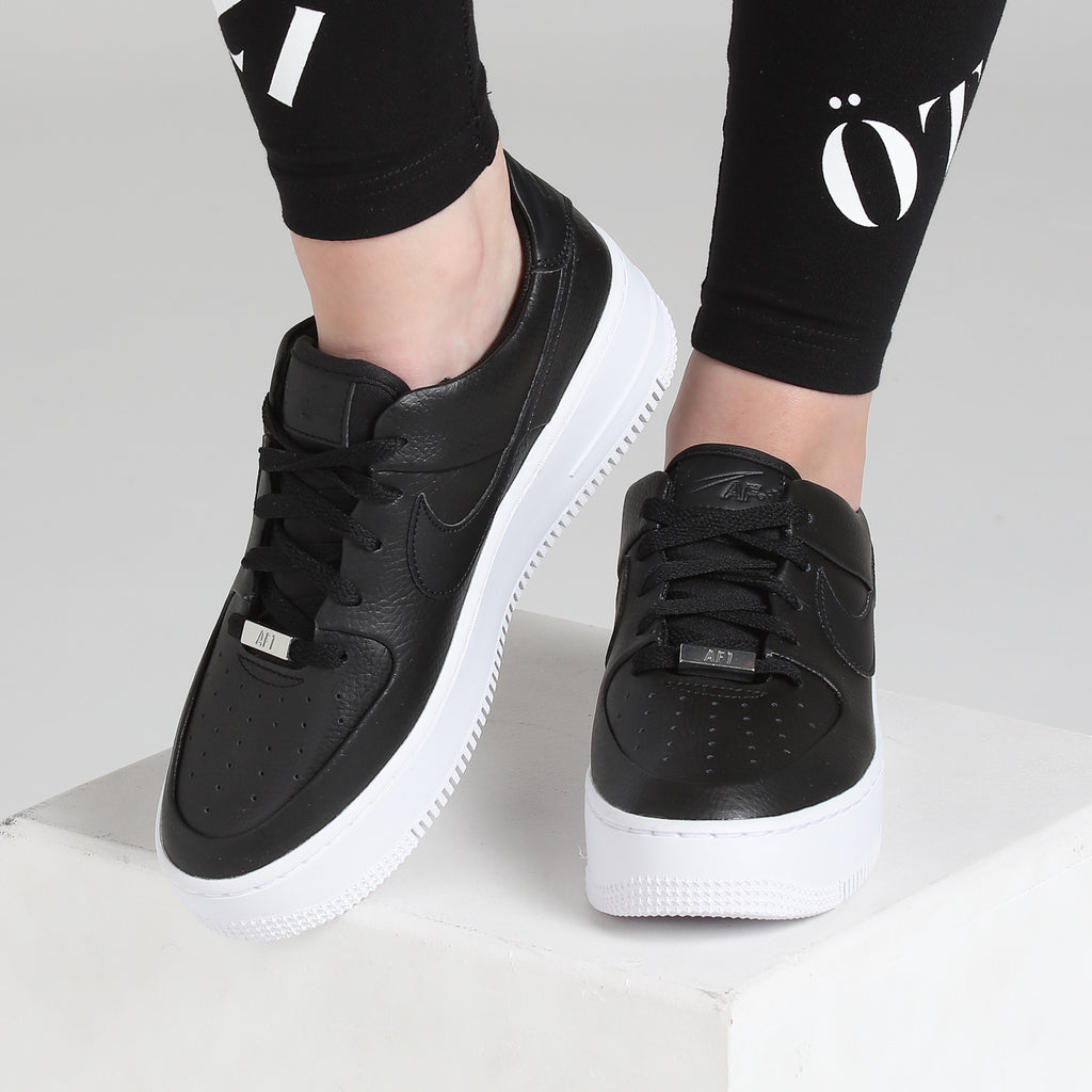 Nike Air Force 1 Sage Low BlackBlackWhite