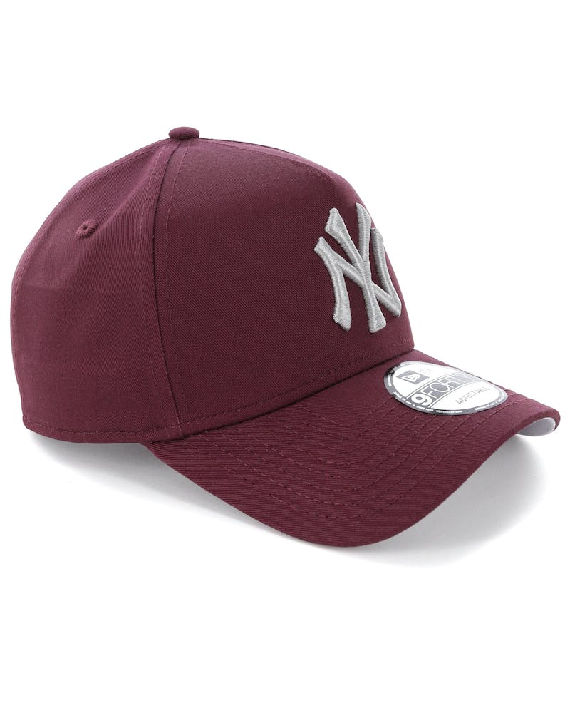 New Era New York Yankees 9FORTY A-Frame Snapback Maroon
