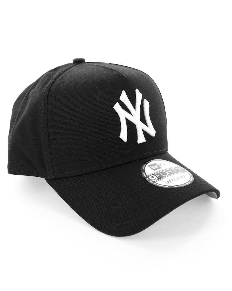 New Era New York Yankees 9FORTY A-Frame Snapback Black