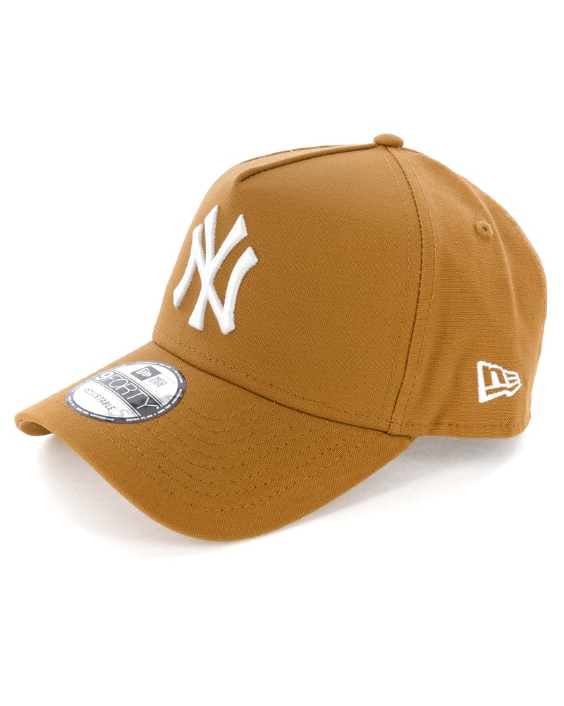 New Era New York Yankees 9FORTY A-Frame Snapback Chipmunk