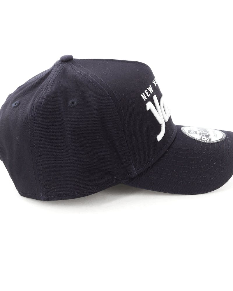 New Era New York Yankees Script 9FORTY A-Frame Snapback Navy/White