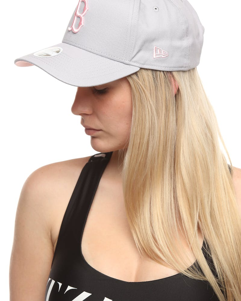 New Era Women's Boston Red Sox 9FORTY A-Frame Strapback Grey/Pink
