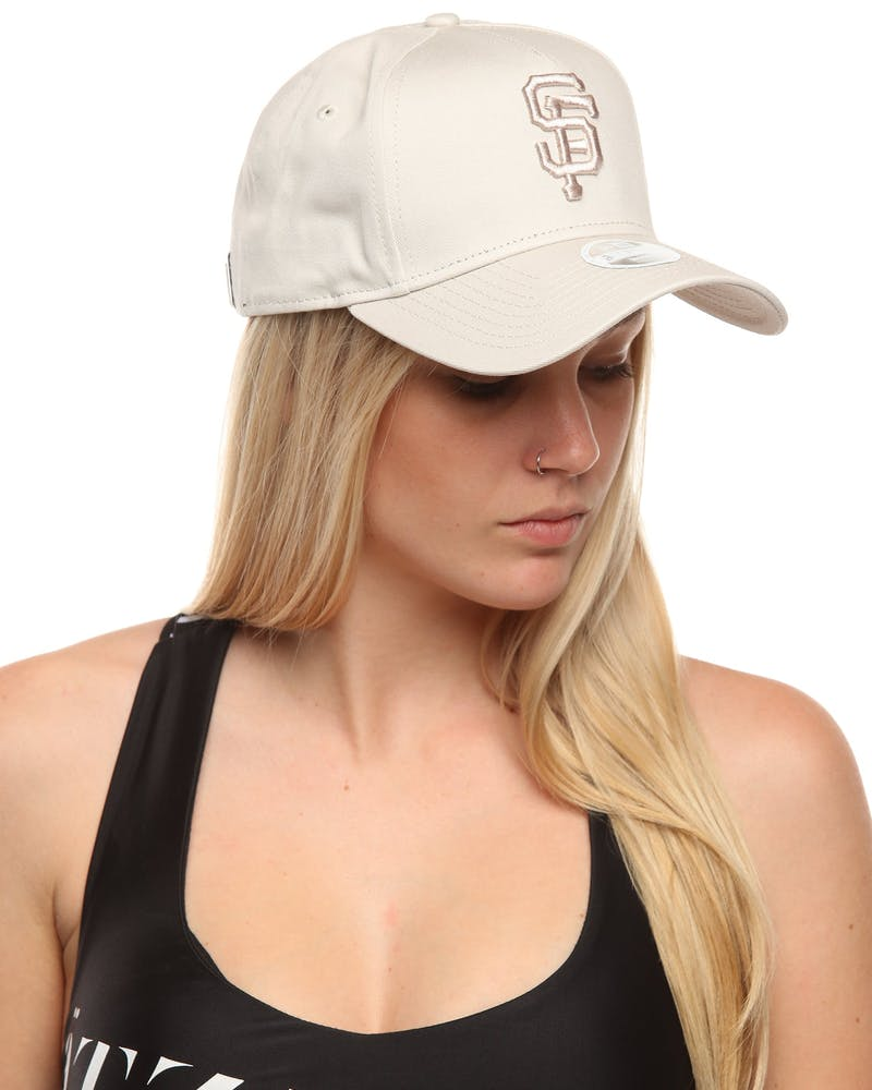 New Era Women's San Francisco Giants 9FORTY A-Frame Embroidered Strapback Stone