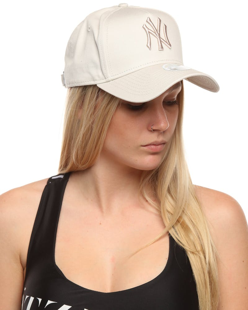New Era Women's New York Yankees 9FORTY A-Frame Embroidered Strapback Stone
