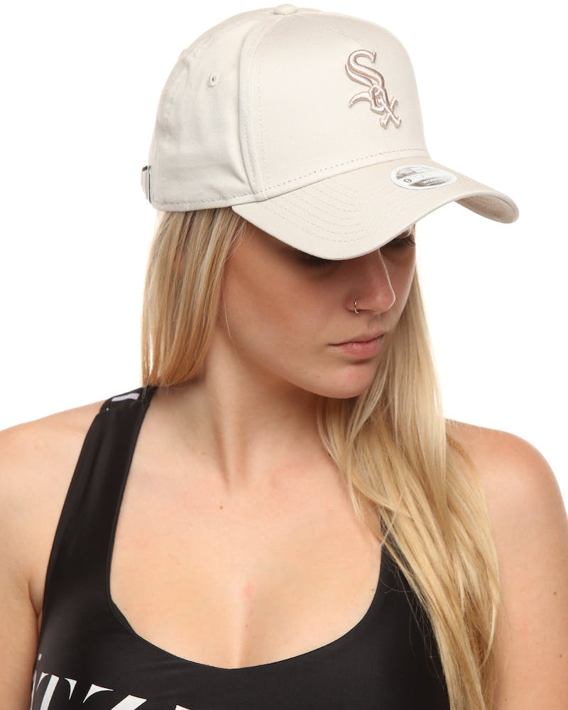 New Era Women's Chicago White Sox 9FORTY A-Frame Embroidered Strapback Stone