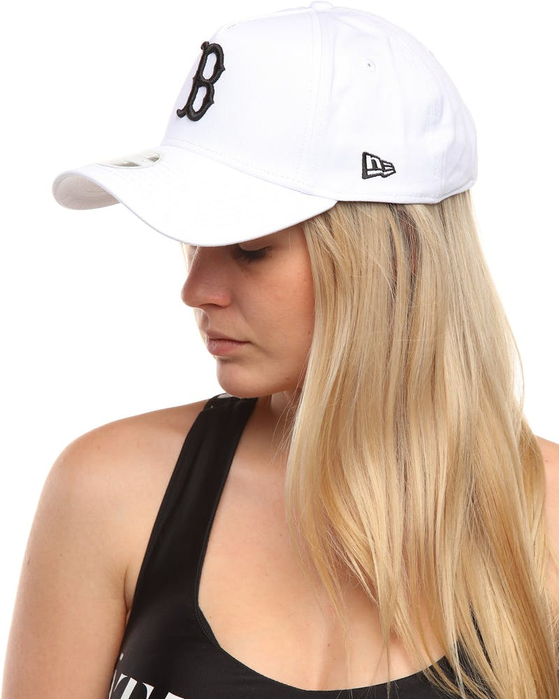 New Era Women's Boston Red Sox 9FORTY A-Frame Embroidered Strapback White/Black