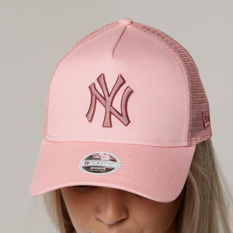 868cde0fb New Era Women's New York Yankees 9FORTY A-Frame Trucker Pastel Pink