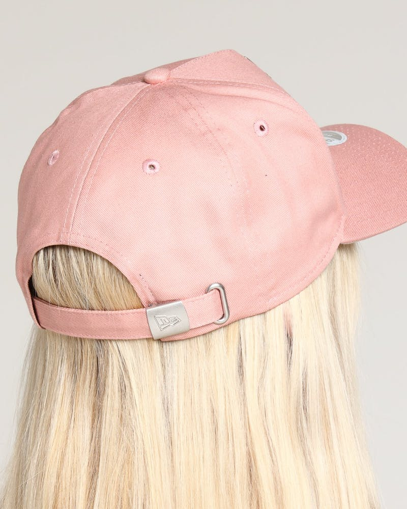 New Era Women's Los Angeles Dodgers 9FORTY A-Frame Strapback Dusty Pink/Stone