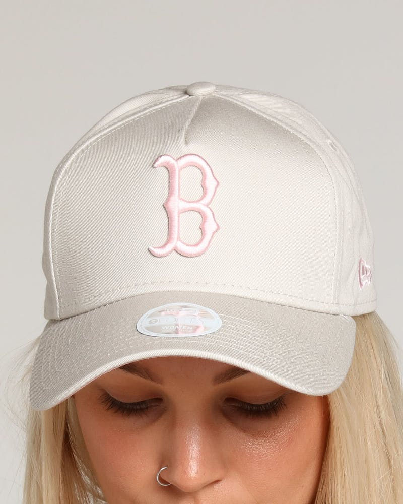 New Era Women's Boston Red Sox 9FORTY A-Frame Strapback Stone/Dusty Pink