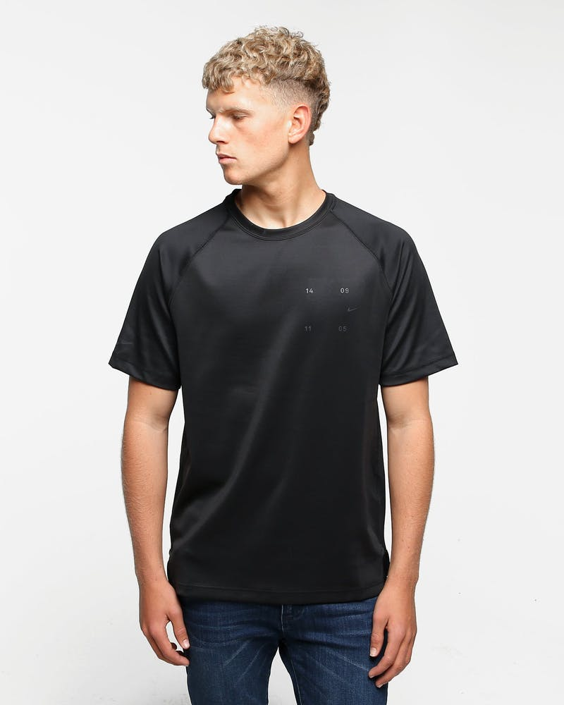 Nike Sportswear Tech Pack SS Top Black/Black