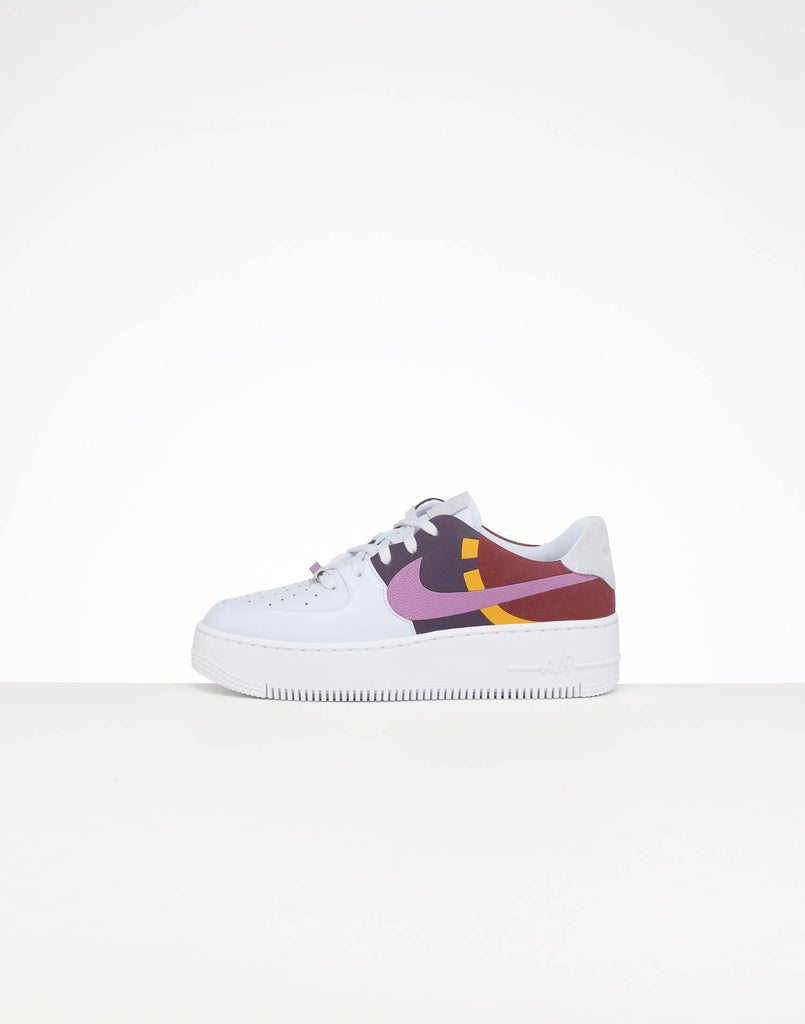 NIKE WOMEN'S AIR FORCE 1 SAGE LOW LX FOOTBALL GREYDARK ORCHID