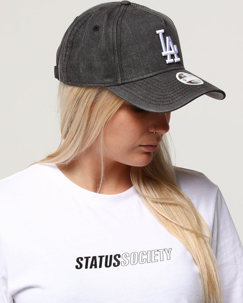 New Era Women's Los Angeles Dodgers 9FORTY A-Frame Strapback Black Denim/White