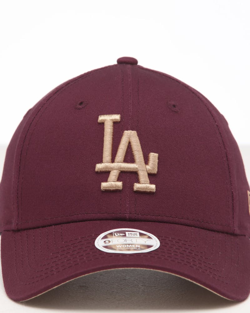 New Era Women's Los Angeles Dodgers 9FORTY Cloth Strapback Maroon/Camel