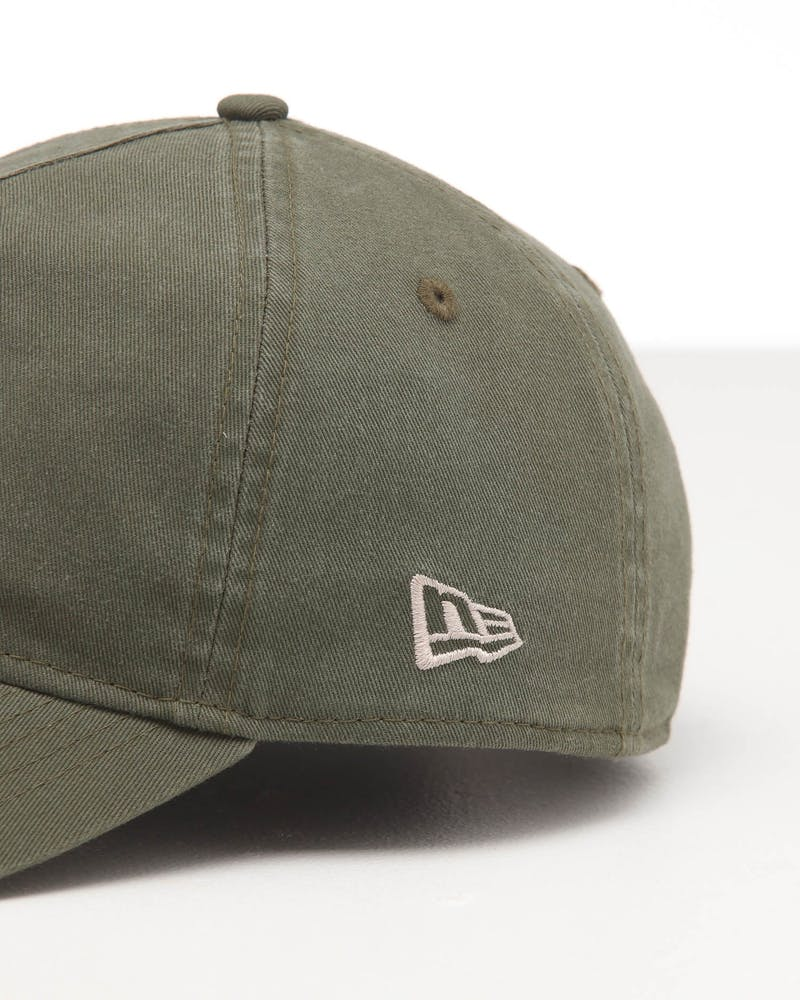 New Era New York Yankees 9FORTY A-Frame Snapback Washed Olive