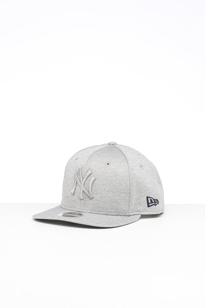 New Era Youth New York Yankees 9FIFTY Original Fit Snapback Grey Shadow Tech