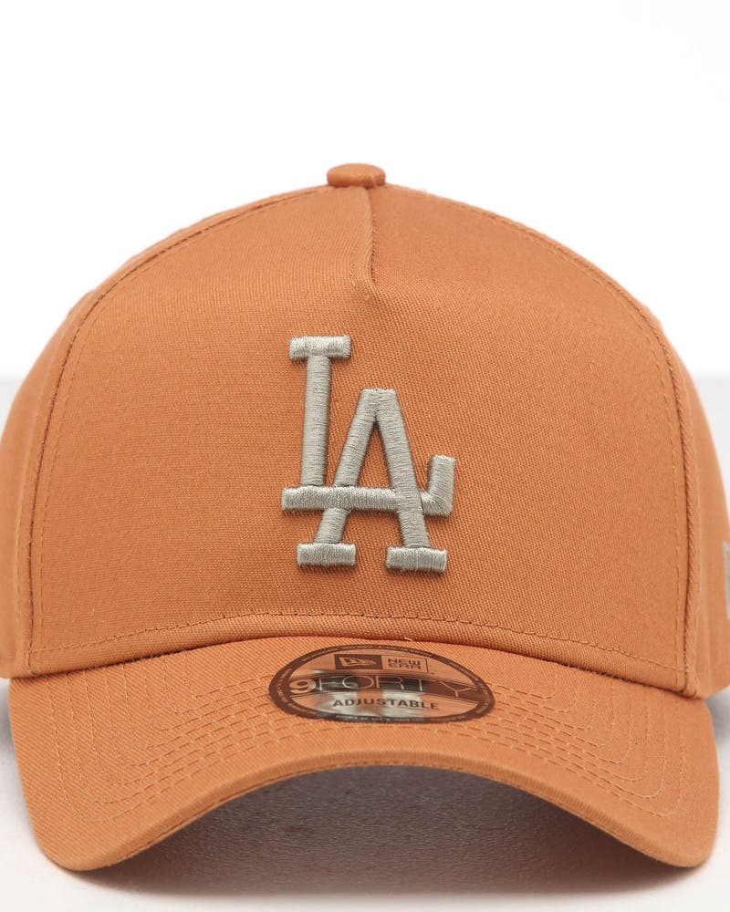 NEW ERA LOS ANGELES DODGERS 9FORTY A-FRAME SEASONAL SNAPBACK CARAMEL/STONE