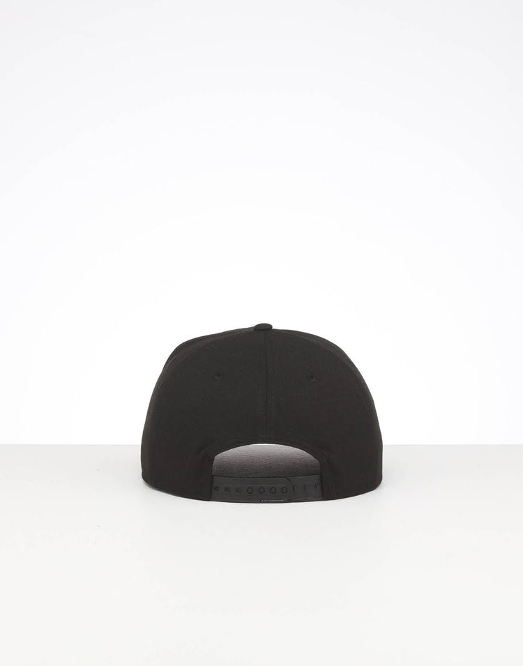 SAN FRANCISCO GIANTS HIGH CROWN PRECURVED TEAM OUTLINE SNAPBACK BLACK/