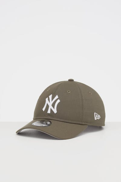 NEW ERA NEW YORK YANKEES 9TWENTY STRAPBACK OLIVE/WHITE