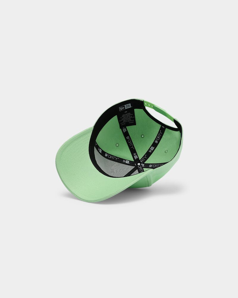 "New Era Los Angeles Lakers 9FORTY A-Frame Snapback ""Neon Green Tonal"" Neon Green"
