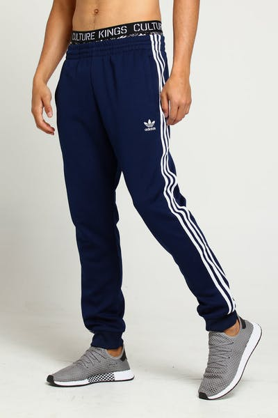 the latest 0fe90 96e71 Adidas Originals SST Track Pant Navy